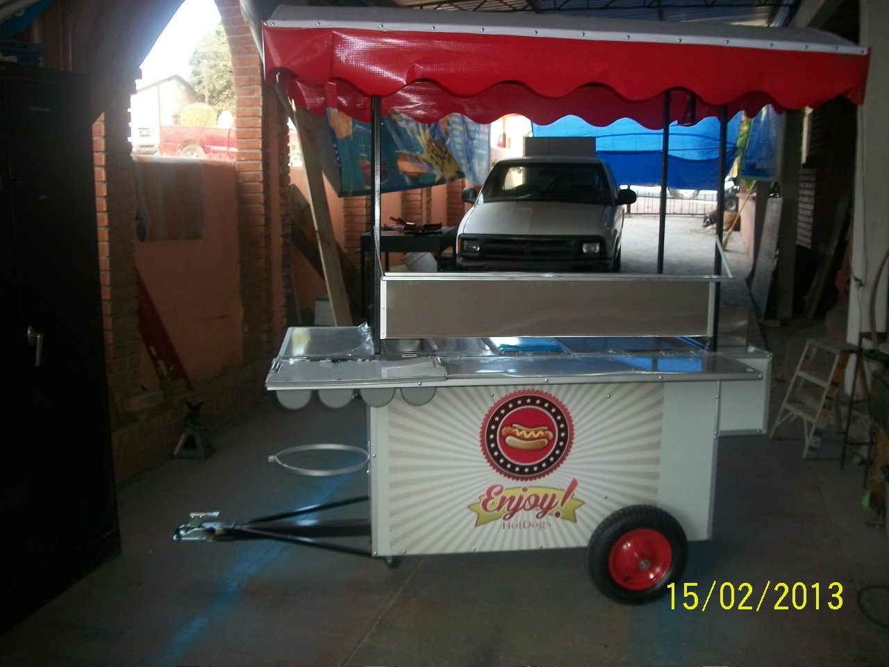 Oliver Food Truck. Carretas para Comida. Hot Dogs y Hamburguesas